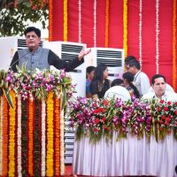 Goyal: Over Rs. 60,000 cr set aside for upgrading Mumbai's railway infrastructure