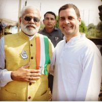 Rahul clicked with Modi's lookalike