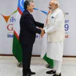 PM Modi meets President of Uzbekistan on sidelines of the Vibrant Gujarat Global Summit-2019